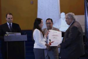 María Regina Morales, Francisco Morales Santos (Director de Editorial Cultura) y Max Araujo, (Viceministro de Cultura y Deportes hasta 2017). Foto: Mehalcar Álvarez / MCDG, del 6 de septiembre de 2017.